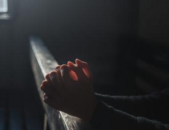 ЈАЧЕ ОД МОЛИТВЕ: Радите ВЕЖБУ БЛАГОСЛОВА недељу дана и посматрајте како ЧУДО МЕЊА ВАШ ЖИВОТ!